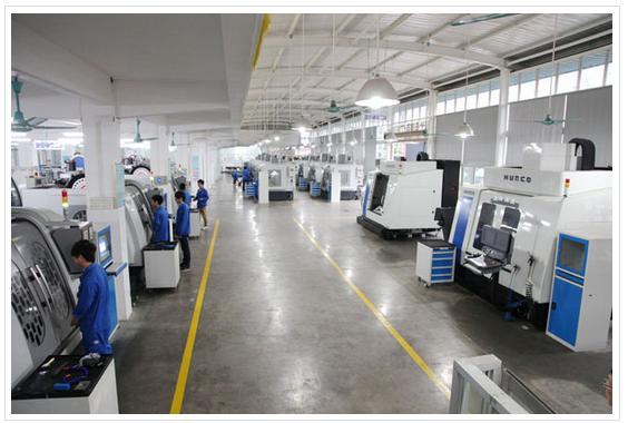 广州白云工商高级技工学校校服是怎样的 难看吗